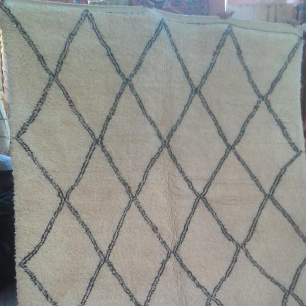 Tapis berb re beni ouarain en laine d 39 agneau losanges - Tapis berbere beni ouarain ...