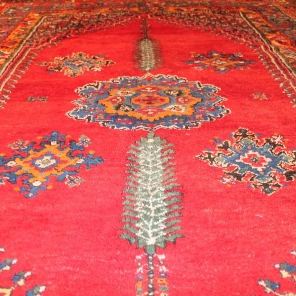 tapis royal ancien rabat tapis d 39 inspiration orientale. Black Bedroom Furniture Sets. Home Design Ideas
