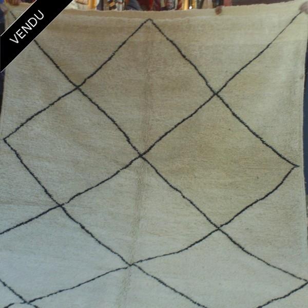 maroccan beni ouarain carpet woollen carpet of morocco. Black Bedroom Furniture Sets. Home Design Ideas
