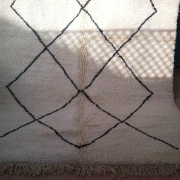 berber beni ouarain rug morocco. Black Bedroom Furniture Sets. Home Design Ideas