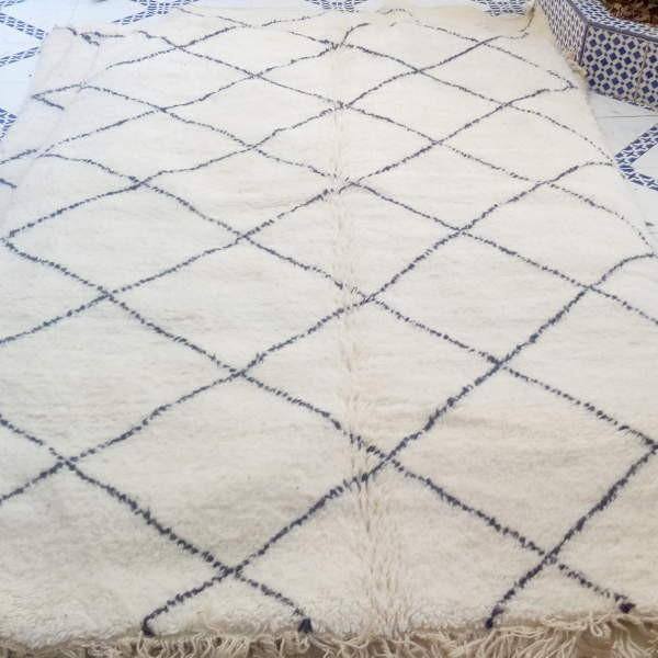 berber beni ouarain rug of morocco. Black Bedroom Furniture Sets. Home Design Ideas