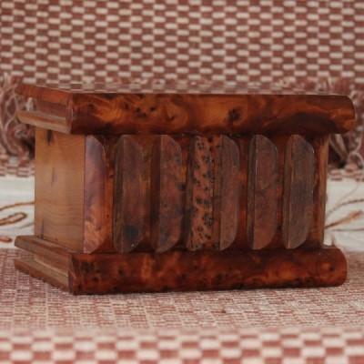 Boîte magique en thuya