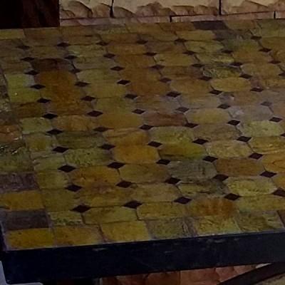 Table en mosaïque de zellige