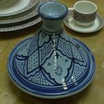 Plat à tajine marocain bleu de Fès