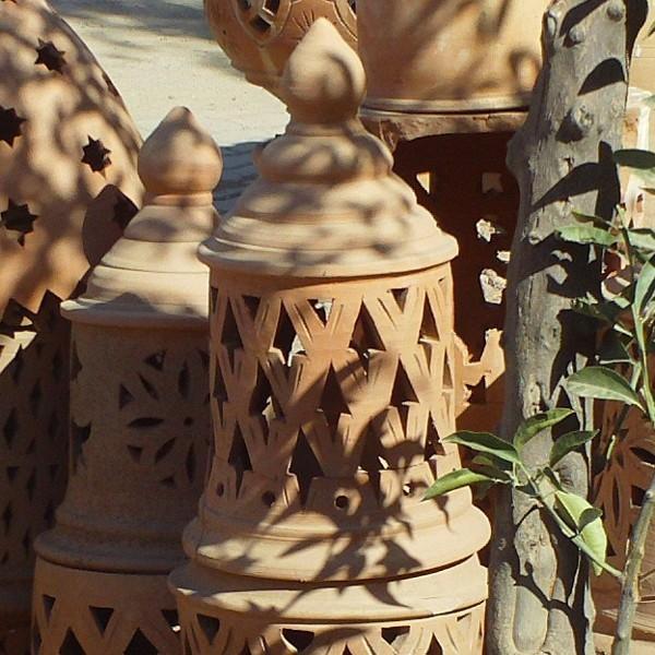 Lampe de jardin en terre cuite