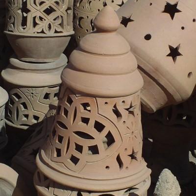 Lampe de jardin design en terre cuite