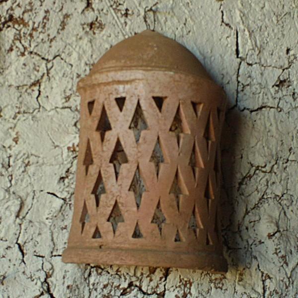 applique marocaine artisanale en terre cuite