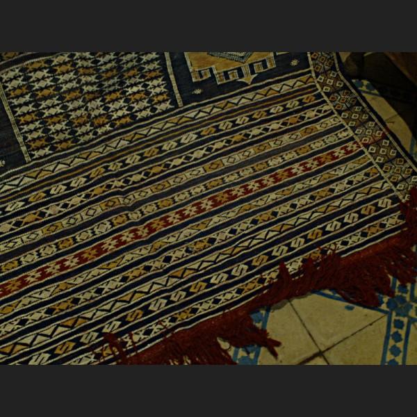 tapis kilim de salon tapis hanbel marocain khemisset. Black Bedroom Furniture Sets. Home Design Ideas