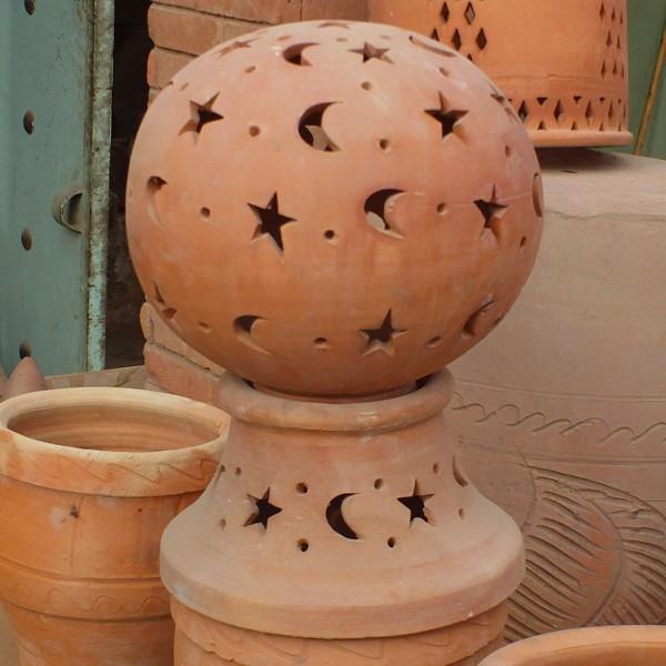 Lampe de jardin en terre cuite de marrakech maroc for Achat terre de jardin