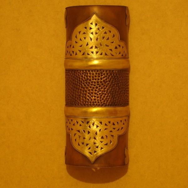 applique murale marocaine patin e en m tal d 39 aspect cuivre. Black Bedroom Furniture Sets. Home Design Ideas