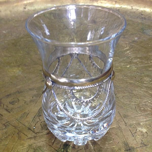 verres th marocain vendus par 6 d cor s de m tal marrakech. Black Bedroom Furniture Sets. Home Design Ideas