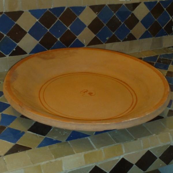 plat couscous marocain en terre cuite. Black Bedroom Furniture Sets. Home Design Ideas