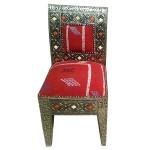 Chaise marocaine en métal et kilim