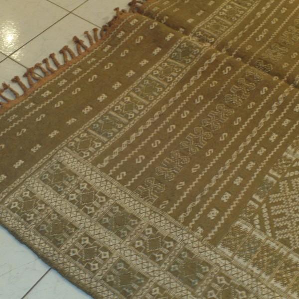 tapis hanbel marocain ancien fait main moyen atlas. Black Bedroom Furniture Sets. Home Design Ideas