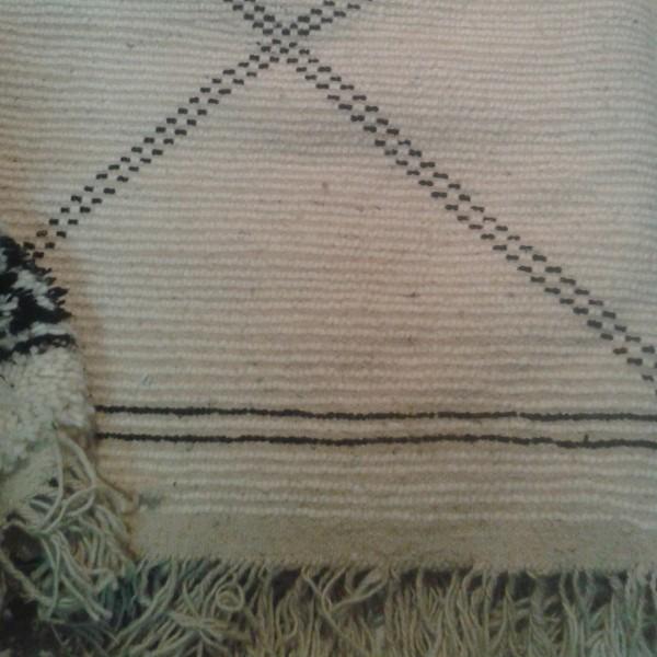 beni ouarain morocco berber carpet. Black Bedroom Furniture Sets. Home Design Ideas