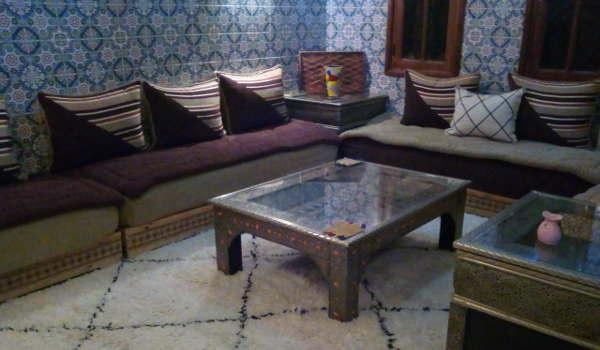 Boutique d\'Artisanat marocain, tapis, fontaines murales ...