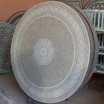 Table de jardin artisanale marocaine